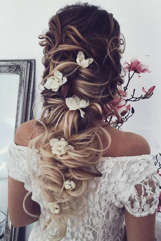 Bridal messy long plait hair styles for asian indian pakistani weddings