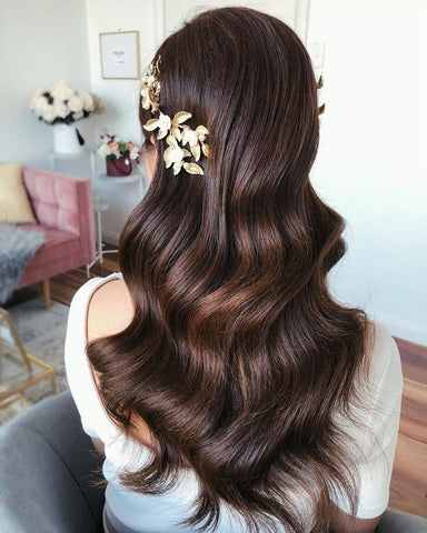 romantic soft vintage curls hairstyle for long hair asian bridal