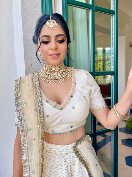destination wedding indian bride in italy by annie shah uk based makeup artist