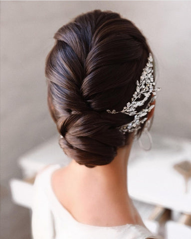 hairstyle for long hair asian bridal