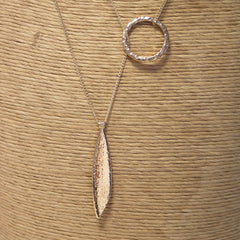 hollow-circle-leaf-necklace