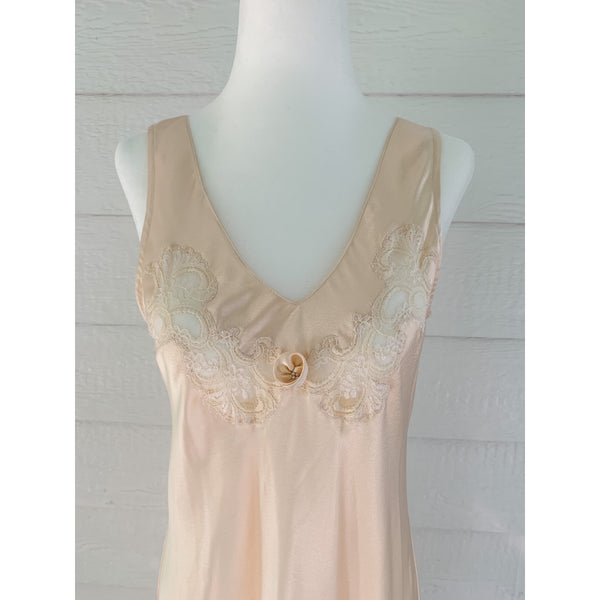 Christian Dior Nightgown and Robe Set - Size: Petite -