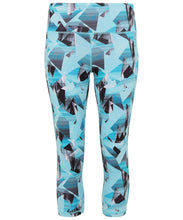 Load image into Gallery viewer, Women's performance corners leggings ¾ length available in 2 colours