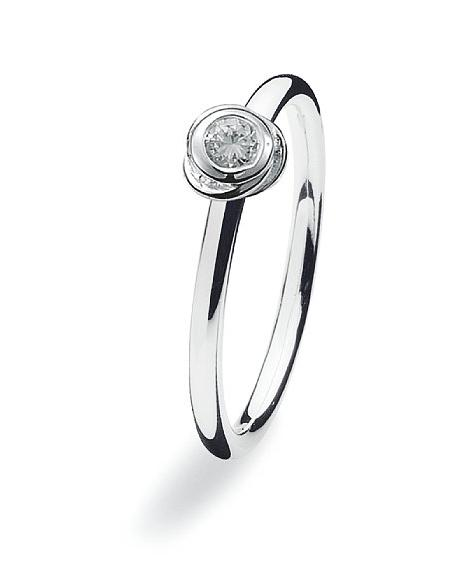 Sterling silver ring with cubic zirconia setting.