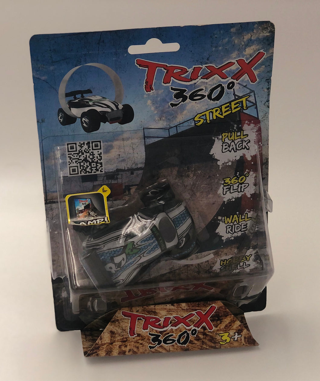 Single Pack Trixx 360 a Pull Back Stunt Car with RAMP, Friction Powered, Can do Power Slide, Wall Ride, 360 Flip, Back to Back. Invent your own Tricks, GREAT GIFT FOR 3 4 5 6 7 8 Year Old Boys Girls