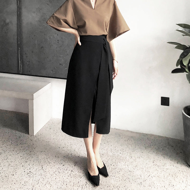 Black retro split one piece irregular skirt