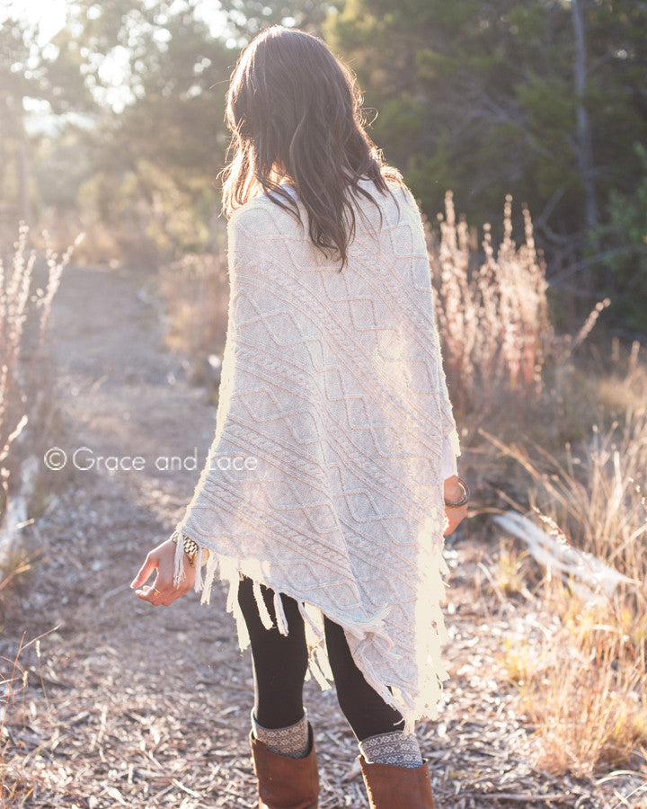 Grace & Lace Alpine Poncho™ (Tweed) - Babe Outfitters