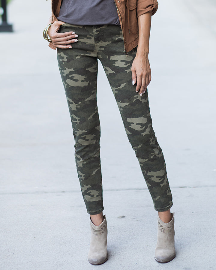 Grace & Lace Camo Mid Rise Zip up Jeggings - Babe Outfitters