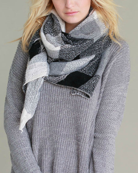 Warm Me Up Knit Scarf (Black & White Color Block) - Babe Outfitters