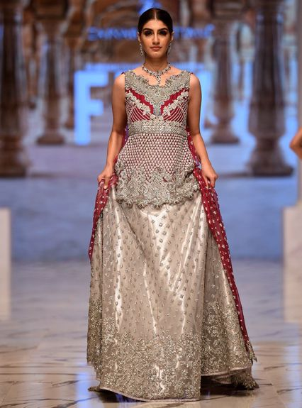 Zainab Chottani Silver and magenta cape Bridal 2020