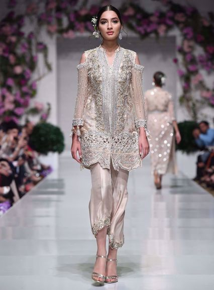 Zainab Chottani Creamsicle beige Runway Collection 2020