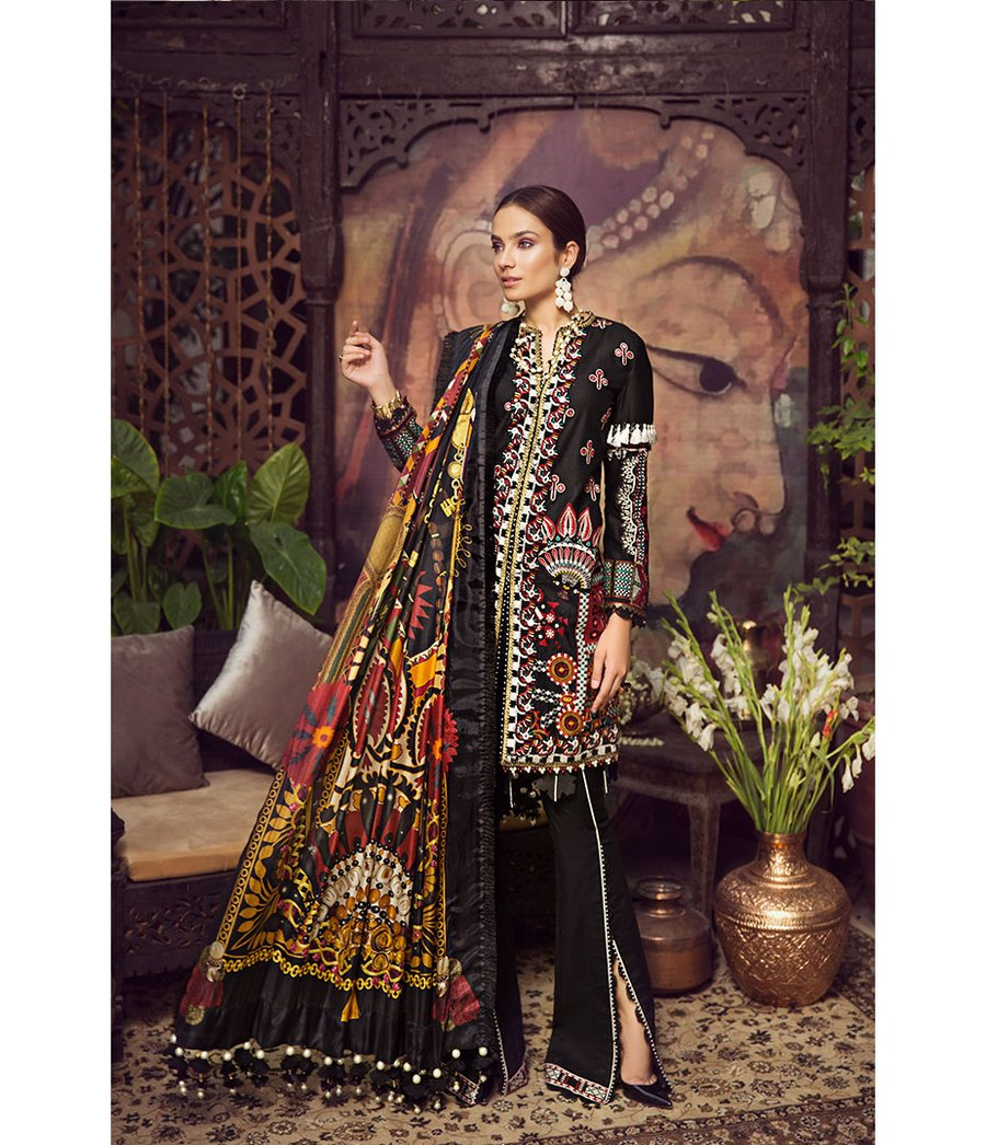 Maryum Hussain MIDNIGHT Lawn Collecton 2020