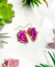 Load image into Gallery viewer, Magenta Agate Earrings