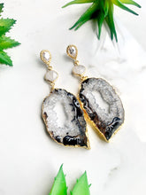 Load image into Gallery viewer, Black Agate Moonstone Earrings