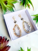 Load image into Gallery viewer, Brown Agate Quartz Earrings