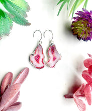 Load image into Gallery viewer, Red and White Agate Earrings