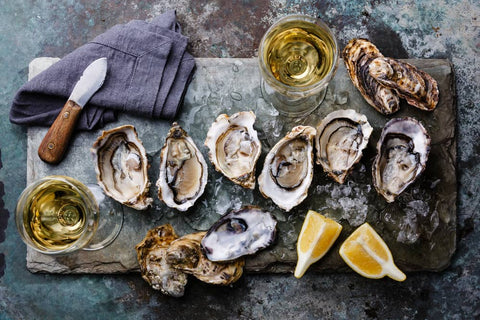 Menai oysters served on a platter