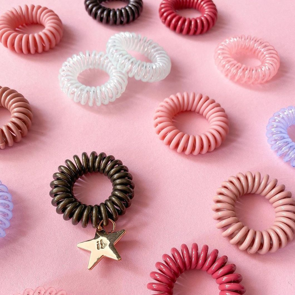 invisibobble ORIGINAL Hair tie. No tugging or pain hair tie. Use it as an everyday hair band. Fashionable hair tie.