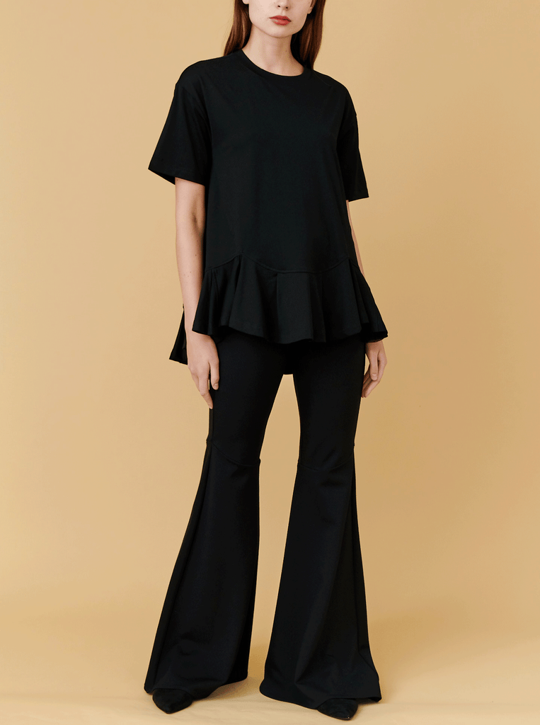 PLEATED HEM TEE, BLACK