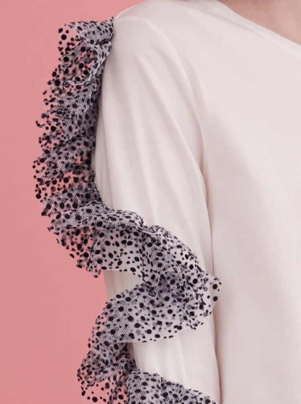 RHIE Designer White top with polka dot ruffle sleeves