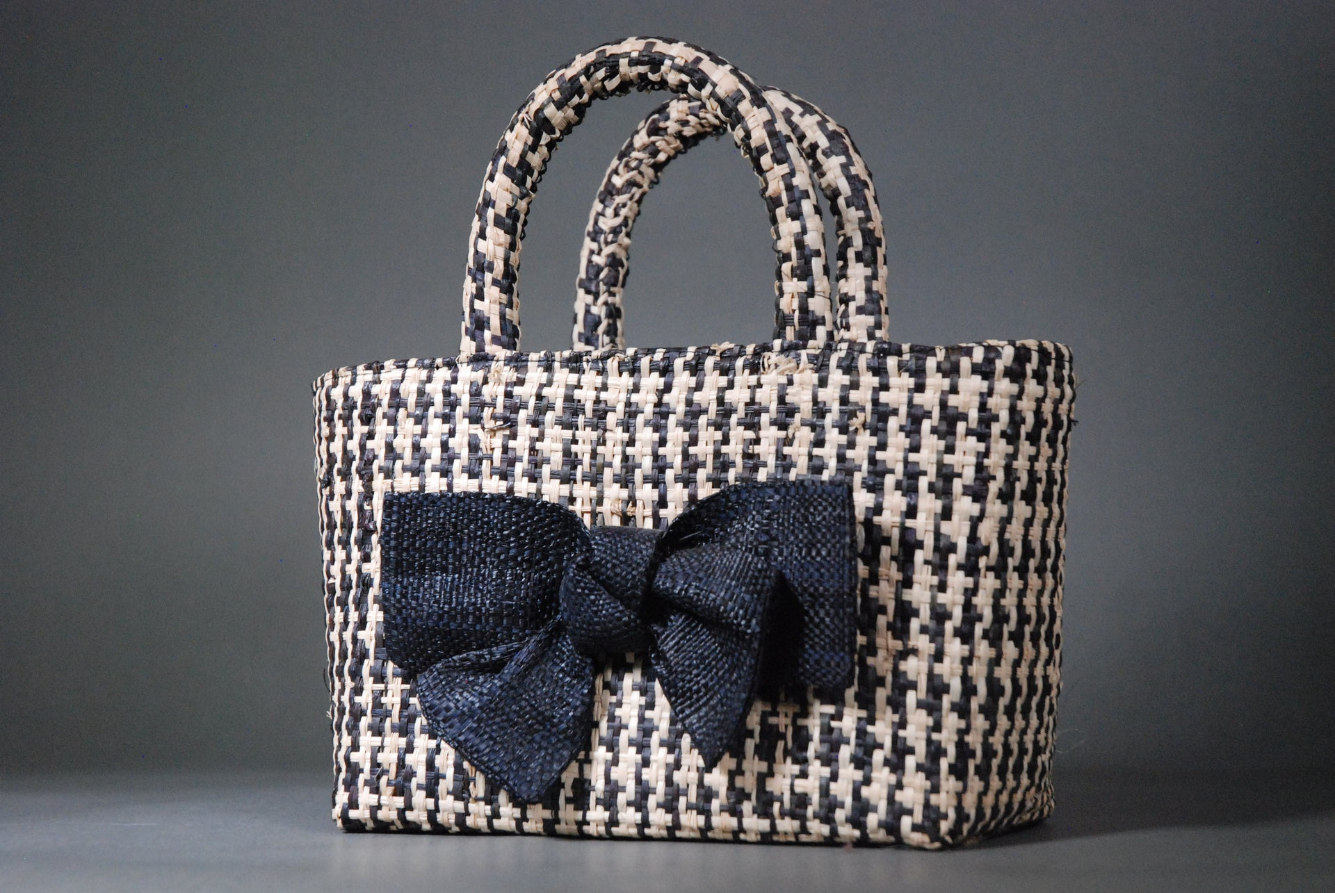 Raffia Houndstooth Tote with Bow