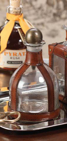 Leather and Glass Bar Decanter with Metal Stopper – Round