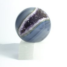 Load image into Gallery viewer, Agate & Quartz Crystal Spheres