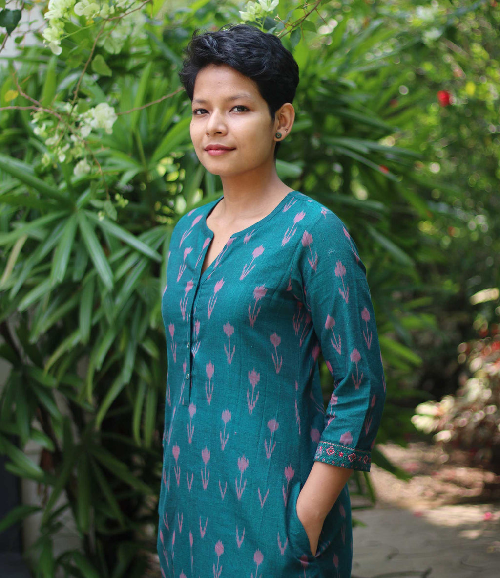 Dark green ikat handloom mantra women's kurta