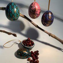 Load image into Gallery viewer, Chocolate filled Mini Tin Hanging Egg