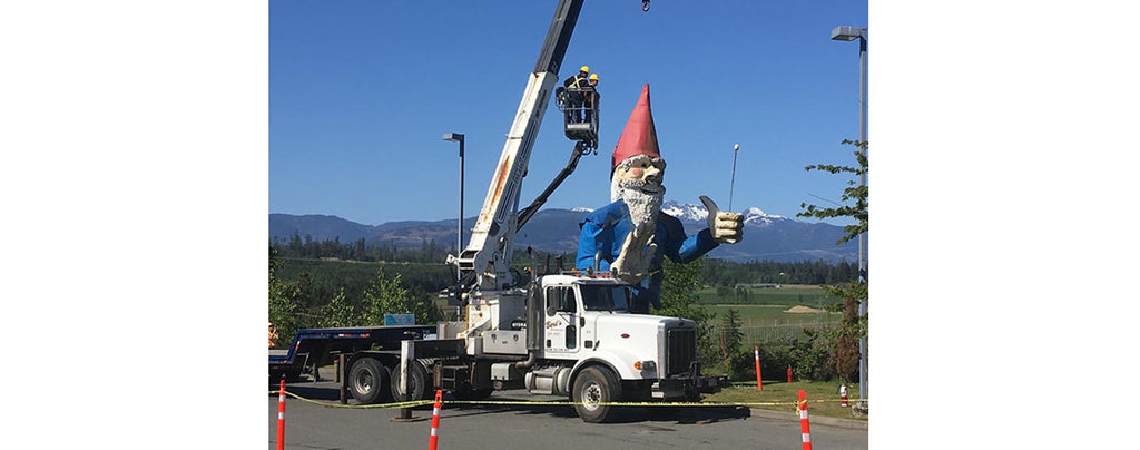 Ron Hale World's Tallest Garden Gnome Stands Over 23 Feet Tall