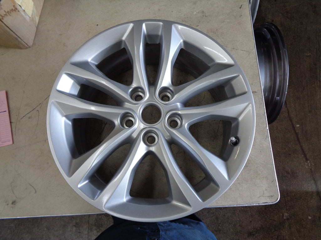 ALY5715 Chevrolet Malibu Wheel Silver Painted #22969720