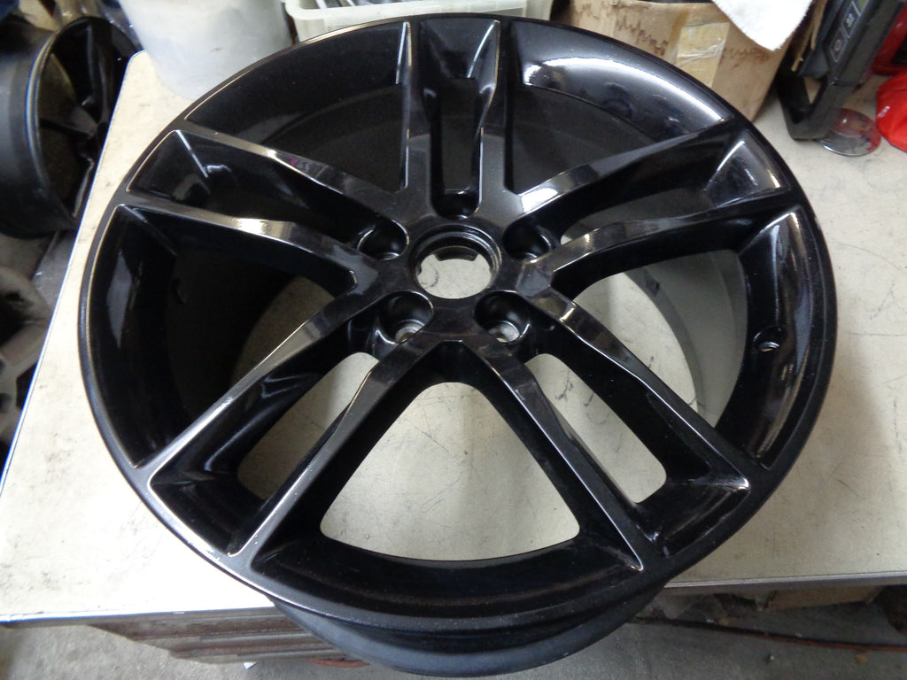 ALY4744U45.PB01 Cadillac ATS Sedan Wheel Black Painted #19300915