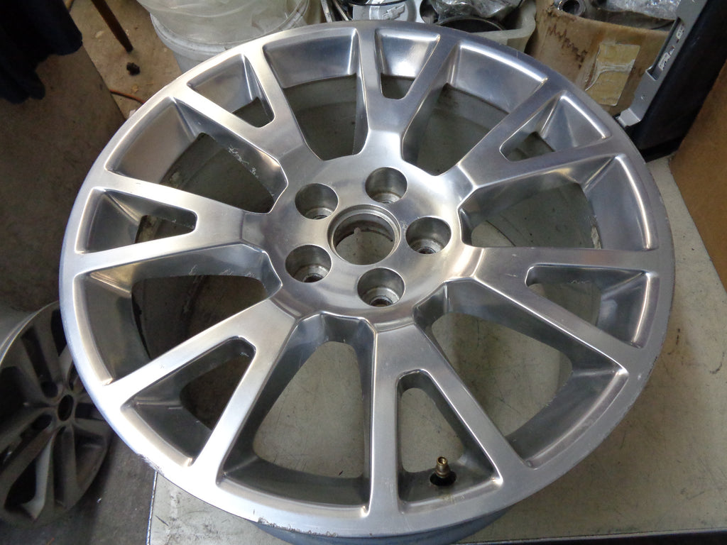 ALY4695 Cadillac XTS Hearse, Limousine Wheel Polished #20989562, REAR