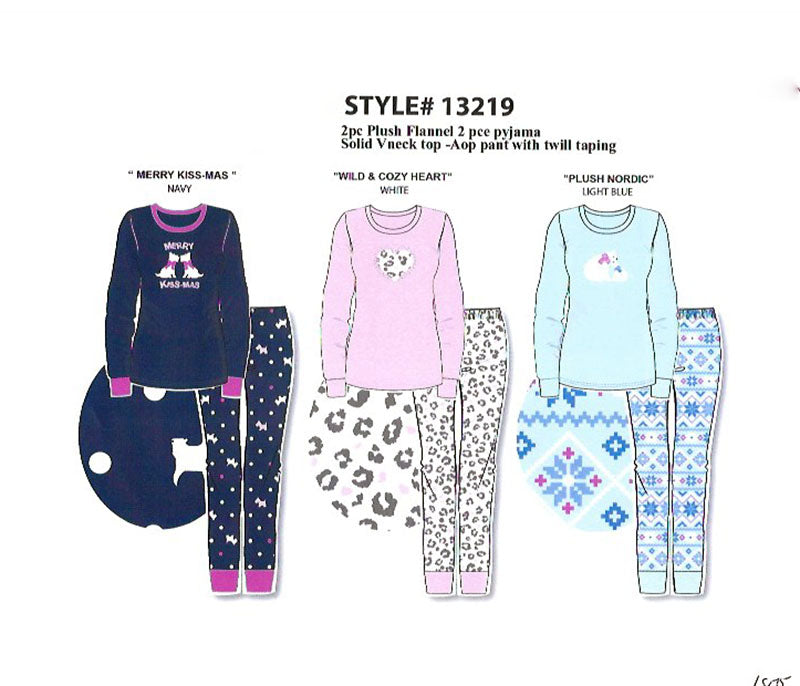 Plush Flannel PJ SET w Solid Top & AOP Cuffed Pant