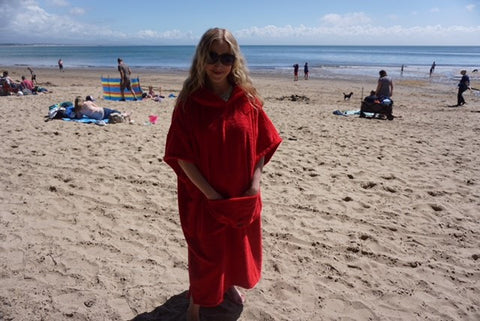 red holiday towel