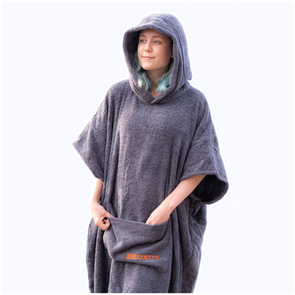The booicore Changing Robe - British Grey