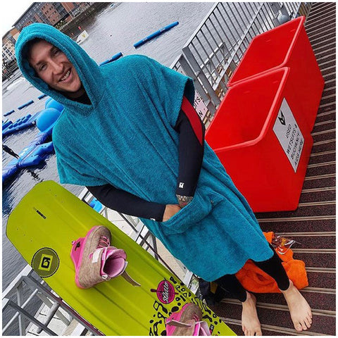 The booicore Outdoor Changing Towel Robe - Turquoise