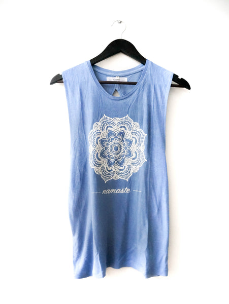 MANDALA FLOWER MUSCLE OPEN BACK TANK