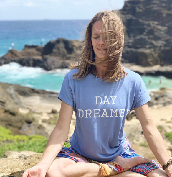 Day Dreamer V-back t-shirt