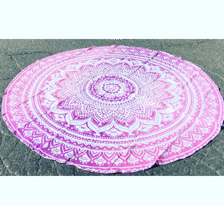 ROUNDIE:Pink Ombre roundie tapestry