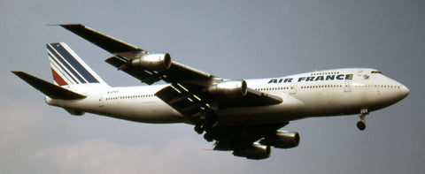 Seeing this Air France B.747-200 landing at Toronto on September 4, 1983 was a nice surprise for all the spotters that afternoon