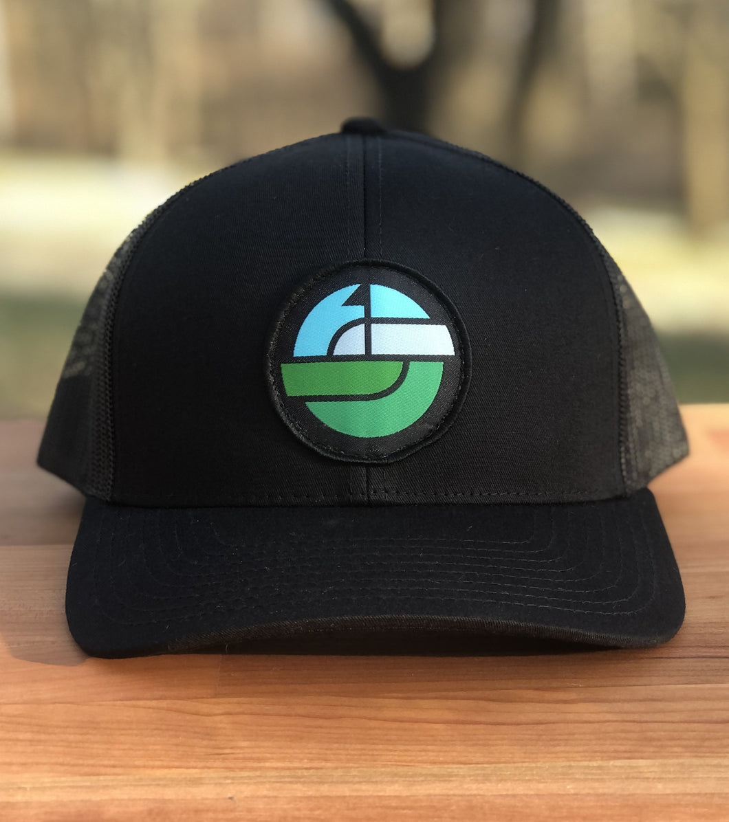 HORIZON TRUCKER SNAPBACK HAT