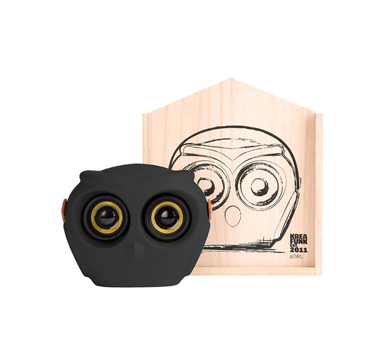 Kreafunk aOwl White Bluetooth portable speaker 20 hours playback time Danish Design