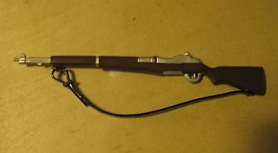 W010 GI JOE Hasbro Brand New Reissued Timeless M1 Rifle Plastic strap!