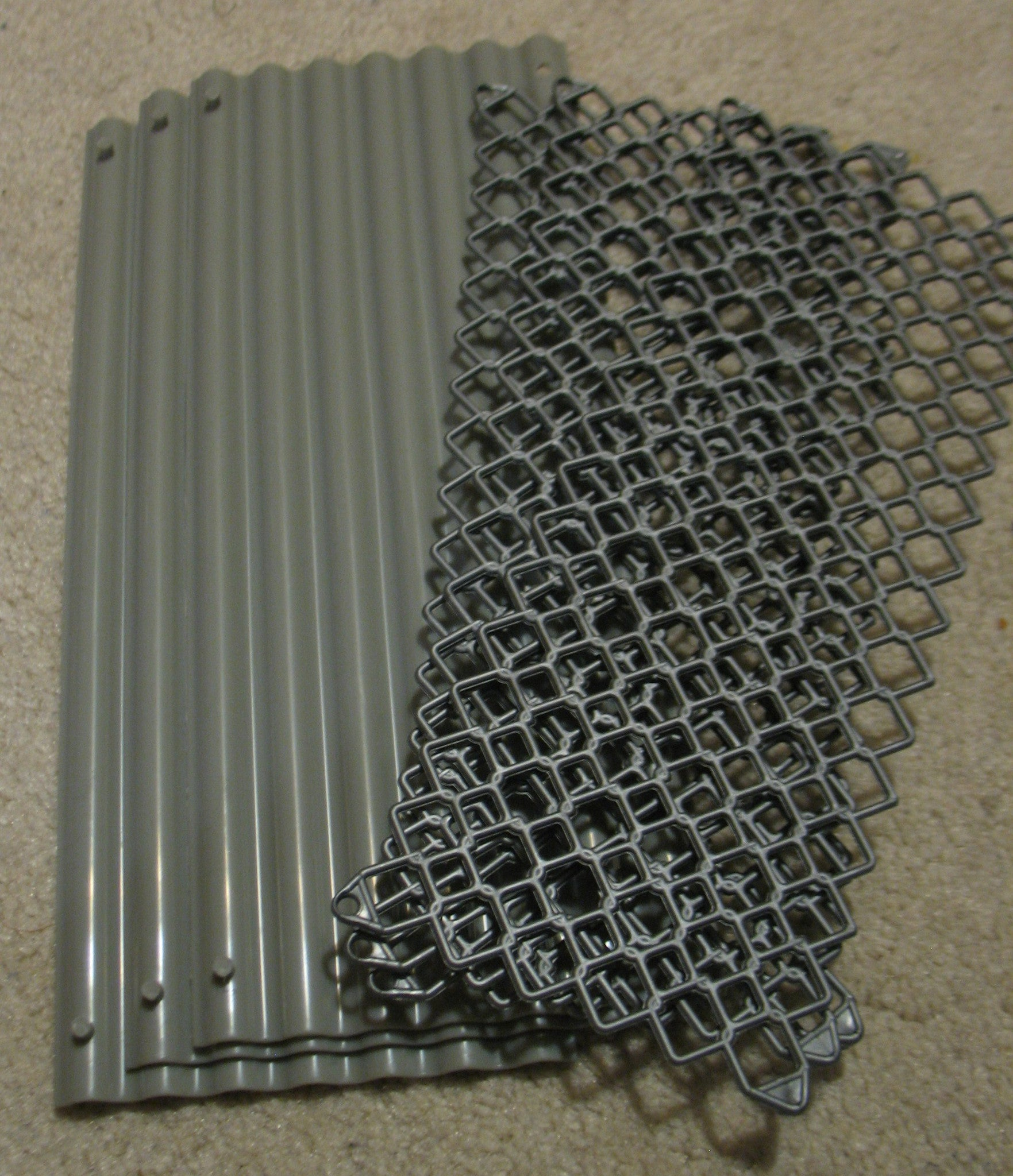 A031 Hasbro Plastic Currigated Tin and Metal Fencing, brand new unused.