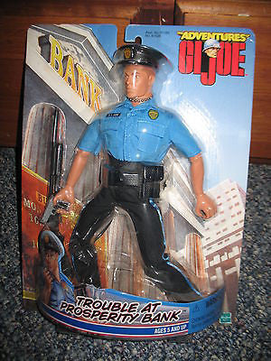 D181 GI JOE Adventure Team Trouble at Prosperity Bank Police Officer New Sealed!