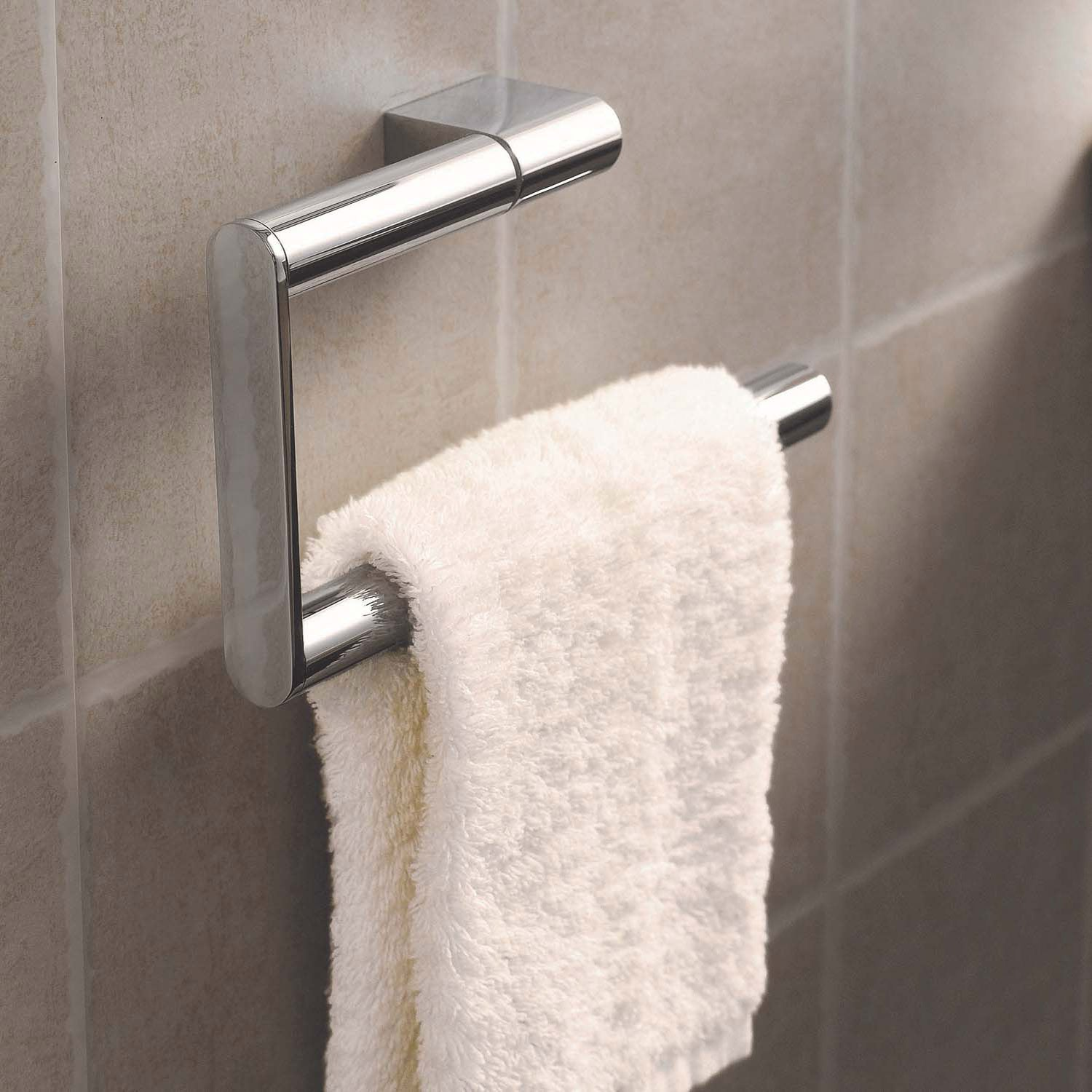 Hinged Modale Toilet Roll Holder with a chrome finish and no cover lifestyle image