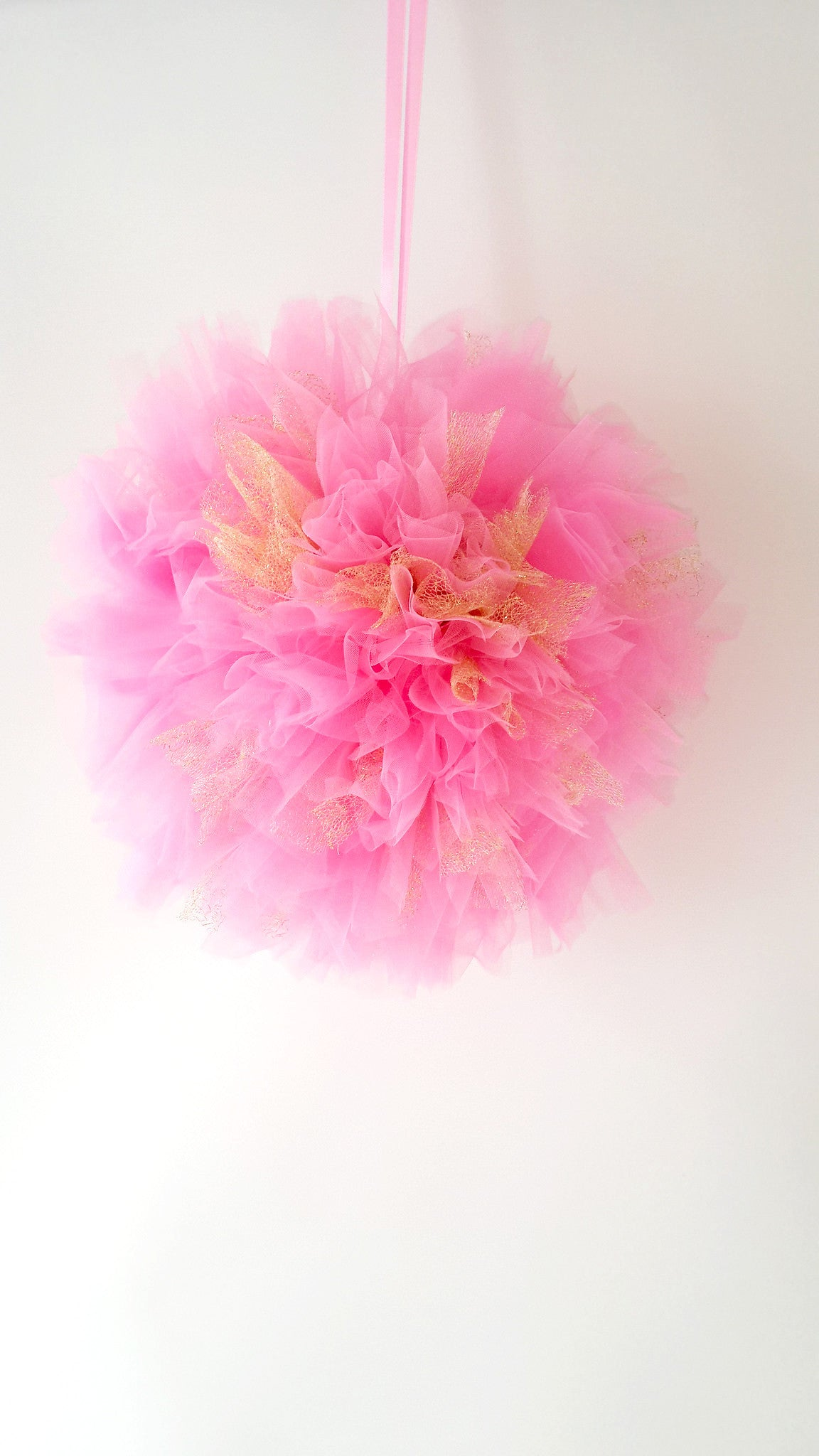 Tulle pom pom - Bright Pink and Gold