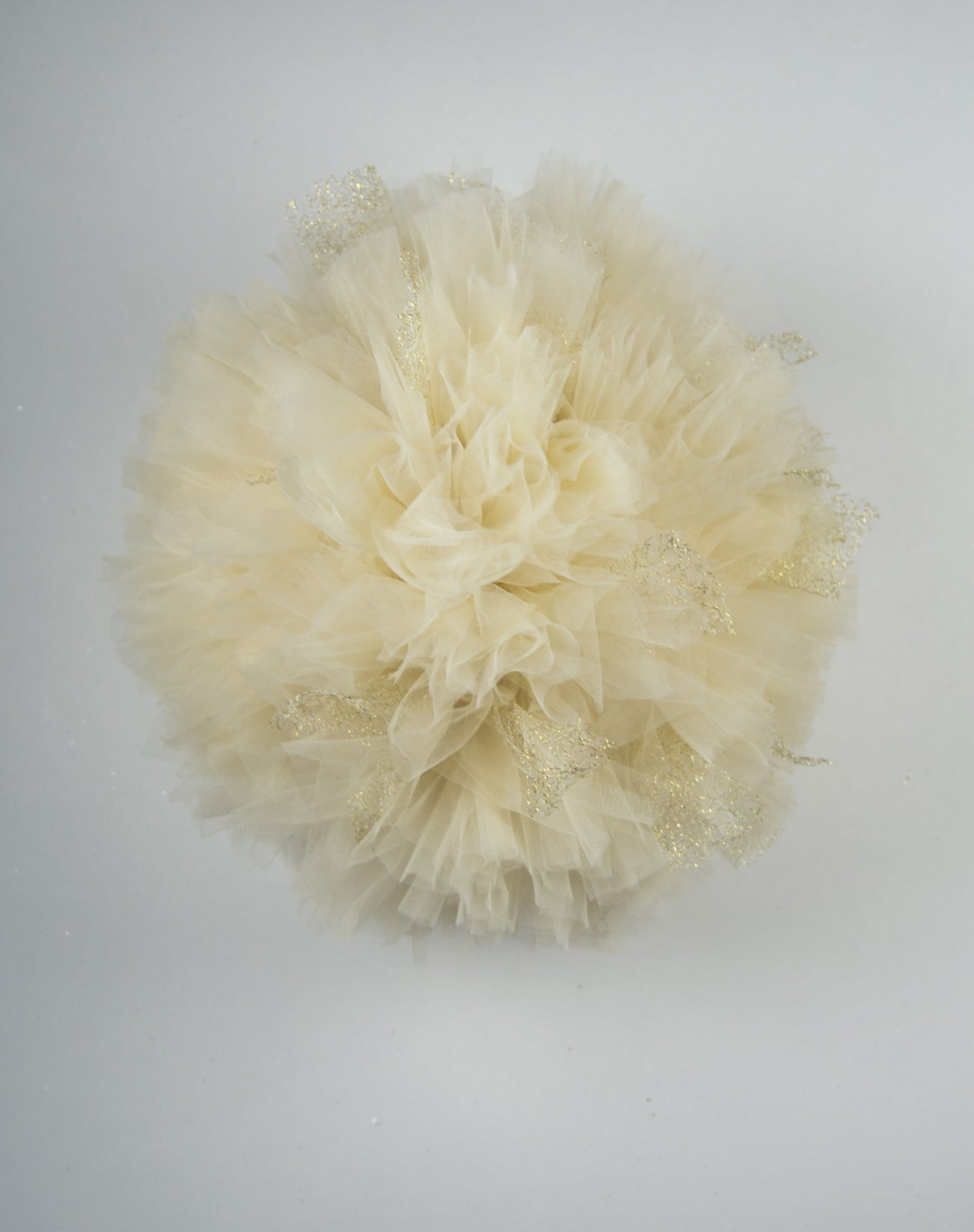 Tulle pom pom - Cream and Gold