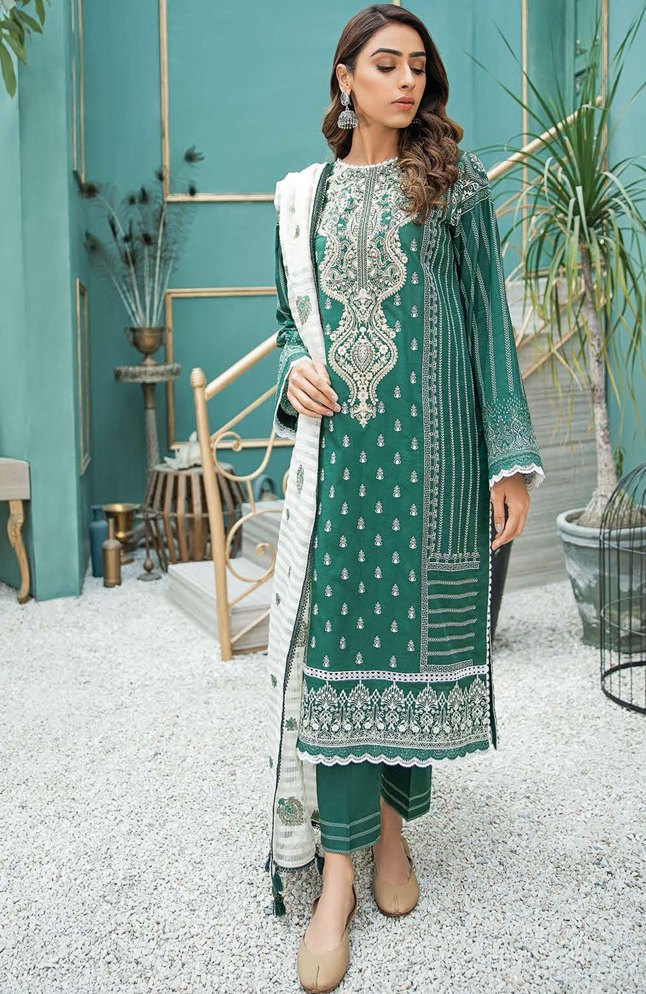Aabyaan Luxury Lawn-AL-06